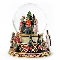 Christmas Nutcracker - Water Globe by SFMB - Holiday, http://www.amazon.com/dp/B005HWYQP6/ref=cm_sw_r_pi_dp_kbl.pb0G03RTQ