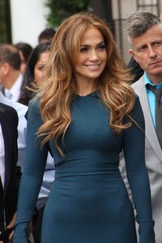 Jennifer Lopez Long Wavy Cut - Jennifer Lopez Long Hairstyles - StyleBistro