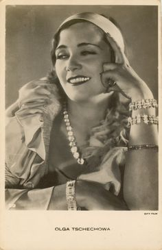 Olga Tschechowa (*26. April 1897 in Alexandropol, heute Gjumri, Armenien; † 9. März 1980 in München) war eine deutsche Schauspielerin russisch-deutscher Herkunft.