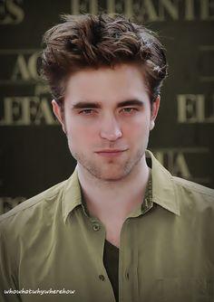 Another Pattinson Smolder