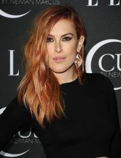 Photos of gorgeous red hair color, red hairstyles on celebrities and more: Rumer Willis
