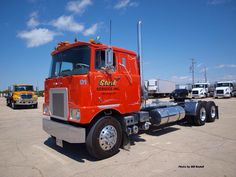 MACK Cabover. I think Kenworths really have it in terms of style in the K100 cabovers. To me a real MACK truck is a typical long bonnet type..