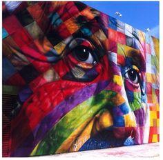 Eduardo Kobra exibe sua arte em Los Angeles