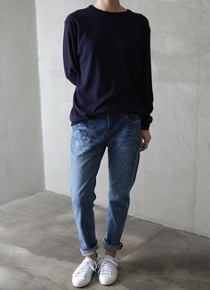 Navy long-sleeve t-shirt, blue boyfriend jeans + white plimsolls | @styleminimalism