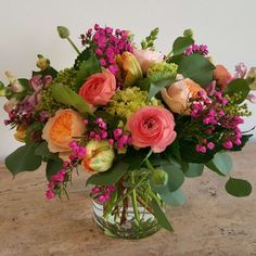 Garden Romance 2019 Send Garden Romance in Portland OR from Botanica Floral Design the best florist in Portland. All flowers are hand delivered and same day delivery may be available. The post Garden Romance 2019 appeared first on Floral Decor. Spring Flower Arrangements, Flower Arrangement Designs, Beautiful Flower Arrangements, Fresh Flower Arrangement, Summer Flower Centerpieces, Tall Centerpiece, Rose Arrangements, Centerpiece Wedding, Beautiful Flowers Pictures