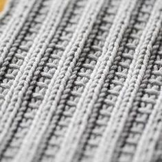 4 Crochet Tips to Remember Knitting Stiches, Knitting Charts, Knitting Socks, Crochet Chart, Diy Crochet, Knitting Patterns, Crochet Patterns, Yarn Crafts, Knitting Projects