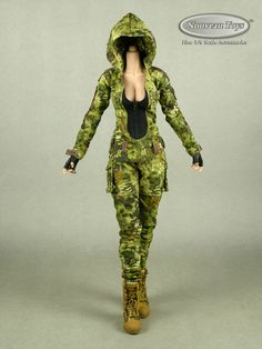 1/6 Phicen VeryCool Villa Sister Female Body, Camouflage Suit, Hands, Boots Set | eBay Camouflage Suit, Female Bodies, Scale, Sisters, Villa, Action, Hands, Suits, Ebay