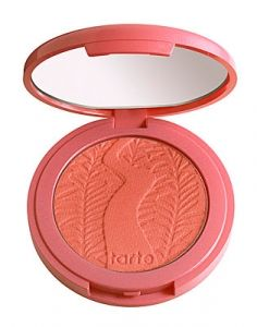 Tarte Amazonian clay 12-hour blush: I've had this blush for 2 days... and Im in love with it! <3