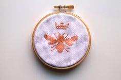 Queen Bee Cross Stitch | 10 Incredibly Cute DIY Projects Inspired By Animals