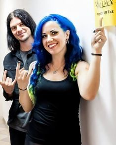 Alissa White-Gluz ✾ and Daniel Erlandsson Heavy Metal Music, Heavy Metal Bands, The Agonist, Modern Drummer, Alissa White, Arch Enemy, Band Photos, Death Metal, Female Singers