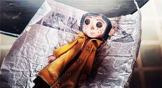 Alice in Wonderland. The Addams Family and everything dark and creepy. Coraline Jones, Coraline Movie, Coraline Doll, Dibujos Dark, Brooklyn Nine, Coraline Aesthetic, Laika Studios, The Secret World, Neil Gaiman