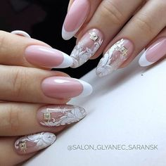 You may want to change your nail polish tones with the seasons, but one thing remains constant regardless of the importance of the right formula. Bridal Nails Designs, Manicure Nail Designs, French Manicure Nails, Wedding Nails Design, White Nail Designs, Manicure Y Pedicure, Nail Art Designs, Gel Nails, Nail Polish