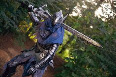 Artorias of the Abyss - Dark Souls Dark Souls Armor, Dark Souls 2, Wolf Knight, Space Pirate, Vampire Hunter, Arm Armor, Armor Concept, Character Design References, Hunters