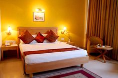 Rooms in The Corus Hotel Delhi