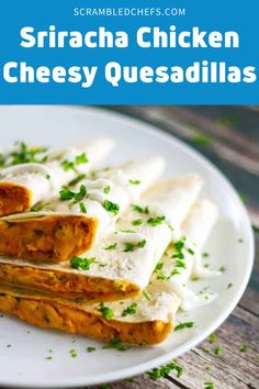 Whether you've jumped onto the sriracha-loving bandwagon yet or not, you will absolutely love this quesadilla! Simple and easy to make, and tastes amazing! Corn Recipes, Lunch Recipes, Mexican Food Recipes, Appetizer Recipes, Breakfast Recipes, Chicken Recipes, Dinner Recipes, Appetizers, Sriracha Recipes