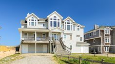 Twiddy Outer Banks Vacation Home - A Shore Pleasure - 4x4 - Oceanfront - 9 Bedrooms