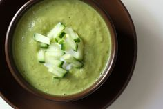 Cucumber and Avocado Soup: Hydrate and blast belly fat with this low-calorie, anti-inflammatory cucumber and avocado soup. A pinch of cayenne as well as garlic adds a bit of spice and a metabolism boost. Photo: Leta Shy