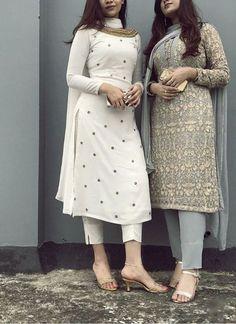 Salwar Designs, Kurta Designs Women, Kurti Designs Party Wear, Pakistani Kurta Designs, Indian Gowns Dresses, Indian Fashion Dresses, Indian Outfits, Pakistani Dresses, Pakistani Suits Online