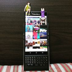 #inst10 #ReGram @tomosabaideemai: #블랙베리 에서 만든 마지막 #스마트폰 #프리브 #priv  #blackberry 에서 하드웨어 사업은 포기했다고 하네요.  안타깝네요.  #fuchiko #후치코 #BlackBerryClubs #BlackBerryPhotos #BBer #BlackBerryPRIV #PRIV #QWERTY #Keyboard #Android #BlackBerryGirls