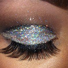 Make up Forever glitter eyes :) Punk Makeup, Hair Makeup, Eye Makeup,