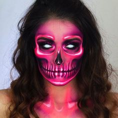 pink neon skull skeleton halloween makeup ideas looks inspir.- pink neon skull skeleton halloween makeup ideas looks inspiration inspo - Amazing Halloween Makeup, Halloween Makeup Looks, Halloween Halloween, Halloween Skeleton Makeup, Pink Halloween Costumes, Skeleton Face, Horror Make-up, Estilo Hippie, Makeup Art