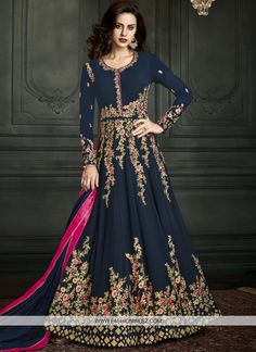 7d326aa4c8 60 Great Wedding Salwar kameez images | Salwar suits online, Salwar ...