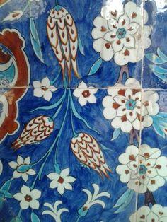 Rustem pasha mosque Turkish Art, Turkish Tiles, Islamic Tiles, Ottoman Turks, Clay Tiles, Islamic Architecture, Blue China, Tile Patterns, Byzantine