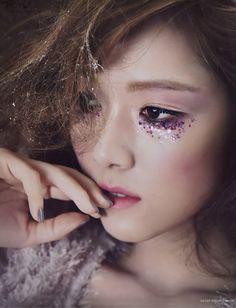 under eye make-up