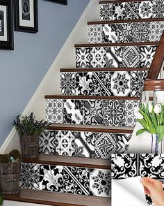 Black & whit IDEA 24 tile stickers Talavera style backsplash stickers mixed for walls Kitchen decals bathroom tile Stair decals - kitchen Cocina Shabby Chic, Shabby Chic Kitchen, Peel And Stick Tile, Stick On Tiles, Kitchen Decals, Kitchen Tiles, Tile Stairs, Black Interior Doors, Traditional Tile