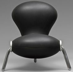 When Marc Newson designed the Embryo chair his idea to upholster it in wetsuit fabric, came again from his Australian upbringing.