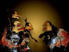 Wayang means traditional puppet. It is spread over most of Indonesia as a theater show since a long time ago. Based on old manuscripts in Bali, Wayang has been performed around the ninth century. Shadow Theatre, Mask Dance, Marionette, Map Wallpaper, Shadow Puppets, Cellphone Wallpaper, Chinese Art, Art Boards, Bali