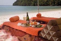 You can also take your dinner on the beach in Casa del Mar - Langkawi, Malaysia