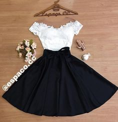 Wedding Tutorial and Ideas Girls Fashion Clothes, Teen Fashion Outfits, Mode Outfits, Skirt Outfits, Cute Fashion, Girl Fashion, Fashion Dresses, Cute Casual Outfits, Pretty Outfits