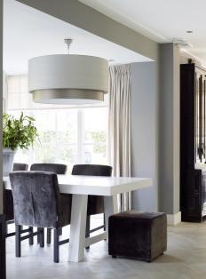 stylish grey dining room - Woonmagazine