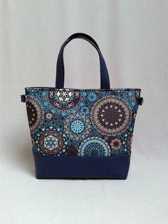 A kék mandala mintás anyag ezzel a kék textilbőrrel kombinálva a tenger  színeit 592ddc4cca