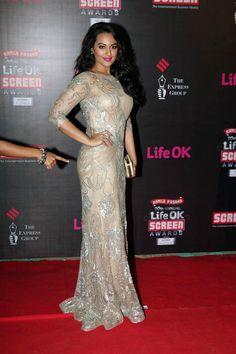 Sonakshi Sinha at LifeOK Screen Awards (Jan) 2014 | India Today |