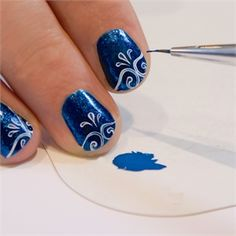 Calligraphy nails