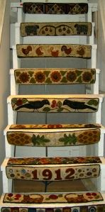 Steps risers --- hooked rugs, but wouldn't it be beautiful as small quilts! Painted Stairs, Painted Floors, Wooly Bully, Stair Risers, Stair Railing, Rug Hooking Patterns, Stair Decor, Hand Hooked Rugs, Penny Rugs