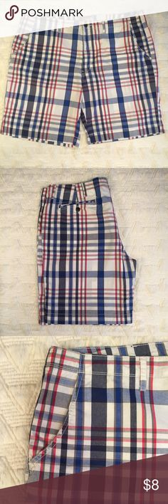 Arizona Jeans Plaid Shorts Men's Size 42 Condition: Excellent pre-loved  Fabric: 100% cotton  Item #SB632 Arizona Jean Company Shorts