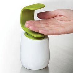 + Design de produto :   Simples e mais prático, essa saboneteira para sabonete líquido, desenvolvida por Joseph Joseph.