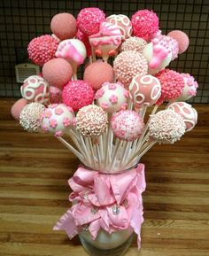 Baby Shower Cake Pop Bouquet by Susan Oliver – Jasmin Komm. Deco – # Baby Shower Cake Pop Bouquet - New Sites Cake Pop Bouquet, Baby Bouquet, Shower Party, Baby Shower Parties, Baby Shower Themes, Shower Ideas, Baby Girl Shower Desserts, Bridal Shower, Baby Cakes