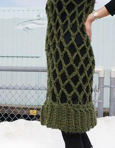 Large hook (S) crochet overdress; FREE pattern on Ravelry. *Inspiration*