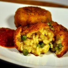 Pea and Prosciutto Arancini by tasteasyougo