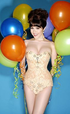 Balloons and one of my favie Pin-Up's!!