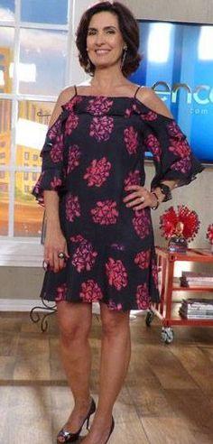 DIY - molde, corte e costura - Marlene Mukai Fashion Beauty, Girl Fashion, Womens Fashion, Vestidos Vintage, Sexy Older Women, Plus Size Fashion, Dress Skirt, Designer Dresses, Vintage Outfits