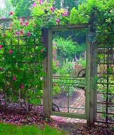 UpCycled DIY Garden Gate Ideas is part of Secret garden Layout - DIY garden gates ! Here are some great upcycled backyard gates! Anyone who is handy can accomplish these garden gate ideas Garden Doors, Garden Fencing, Garden Art, Garden Entrance, Trellis Fence, Lattice Fence, Garden Whimsy, Old Garden Gates, Fenced Garden