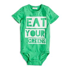 Eat your greens! A totally fun and playful bodysuit with a text print at the front and an eye-catching green hue.  - Short sleeves - Push buttoning to shoulder and crotch - Ribbed bindings to neck and leg openings - Print to front - Soft organic cotton  Machine wash 40° Materials:95% COTTON 5% ELASTANE Item code:7390689