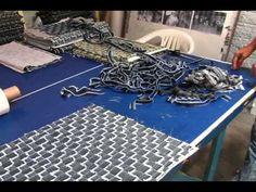 Restos de Jeans das Fábricas de Caruaru são Reciclados pelo Projeto Mulh...