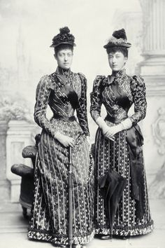 Princess Victoria (1868-1935) and Princess Maud (1869-1938), later Queen Maud of Norway, photo James Stack Lauder aka James Lafayette (1853-1933). Sitting prior to the wedding of King George V. London, UK, 1893.