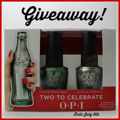 Colores de Carol: OPI Coca-Cola Two To Celebrate Duo, Swatches, Review and Giveaway.